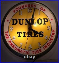 RARE 1950s VINTAGE DUNLOP TIRES ADVERTISING LIGHT UP BUBBLE CLOCK SIGN GAS OIL