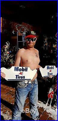 Vintage NOS Mobil Pegasus Tire Display Metal Rack Sign Gas Oil Never used