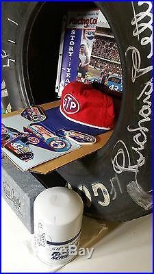 Vtg Rare Nascar Petty 43 Race Signed Piston Oil Filter Tire Poster Card Kit Hat